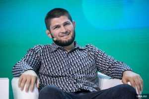 Российские спортсмены осудили бойца Нурмагомедова за шутку о драке в метро